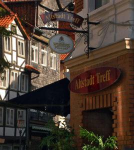 """Ladenansicht des """"Altstadt Treffs"""""""